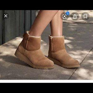 Uggs KIDS Amie wedge boot
